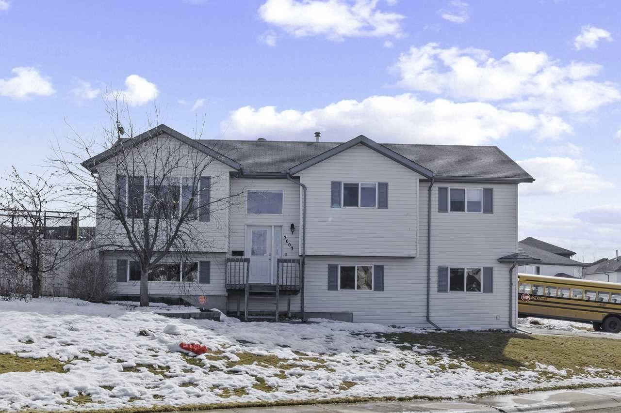 Main Photo: 2007 6 Avenue: Cold Lake House for sale : MLS®# E4234124