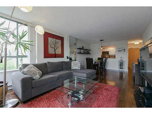 """Main Photo: 705 2288 PINE Street in Vancouver: Fairview VW Condo for sale in """"THE FAIRVIEW"""" (Vancouver West)  : MLS®# V1142280"""