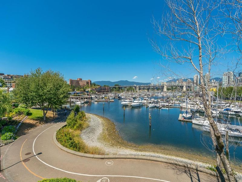 FEATURED LISTING: 307 - 1502 ISLAND PARK Walk Vancouver