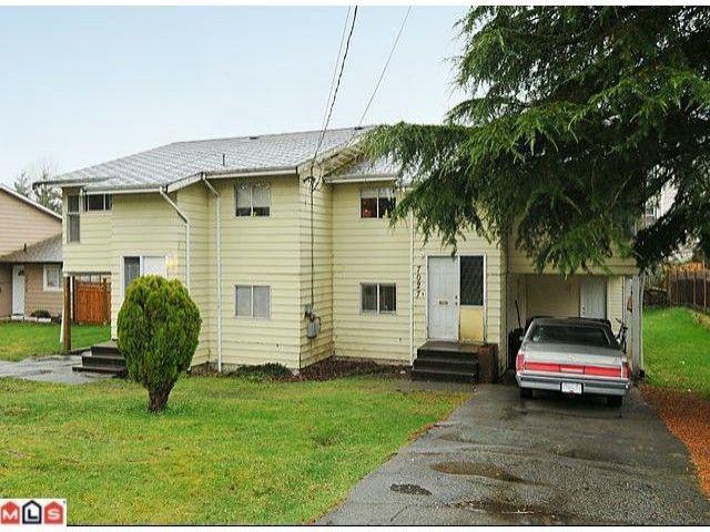 Main Photo: 7027 140TH Street in Surrey: East Newton Duplex for sale : MLS®# F1205361