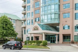 """Photo 2: 2002 3071 GLEN Drive in Coquitlam: North Coquitlam Condo for sale in """"PARC LAURANT"""" : MLS®# R2276990"""