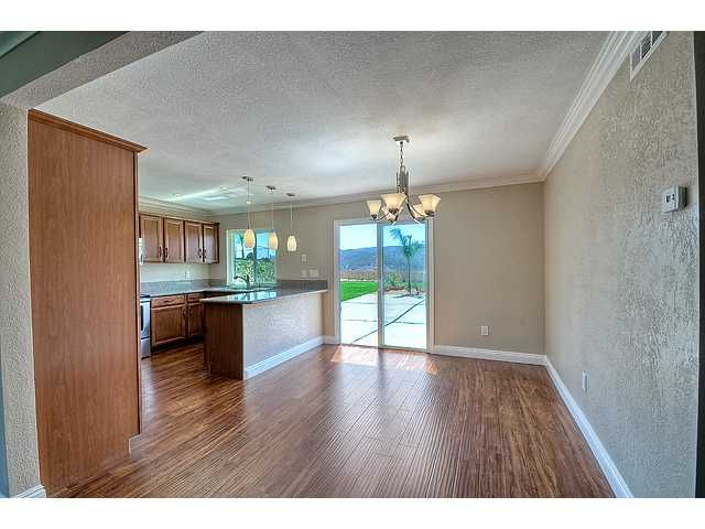 Photo 3: Photos: POWAY House for sale : 4 bedrooms : 13770 Celestial Road