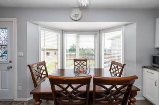 Photo 13: 9811 163 Avenue in Edmonton: Zone 27 House for sale : MLS®# E4226776
