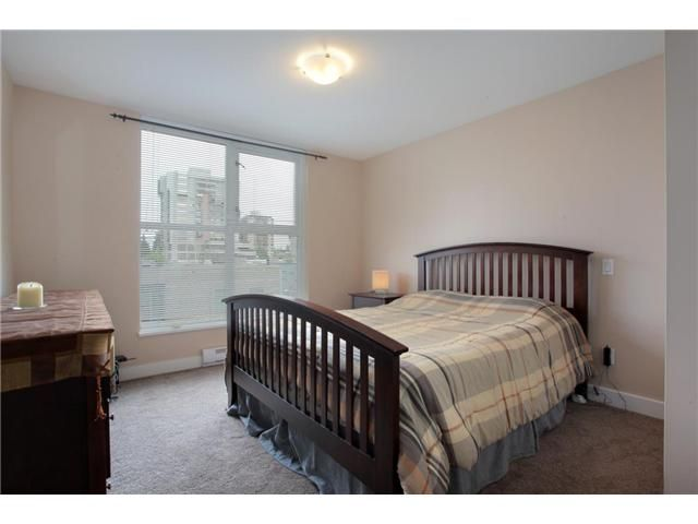 """Photo 19: Photos: 405 121 W 16TH Street in North Vancouver: Central Lonsdale Condo for sale in """"THE SILVA"""" : MLS®# V965894"""