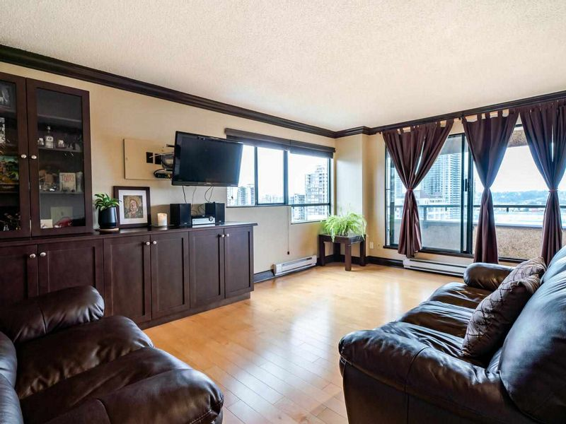FEATURED LISTING: 907 - 1026 QUEENS Avenue New Westminster