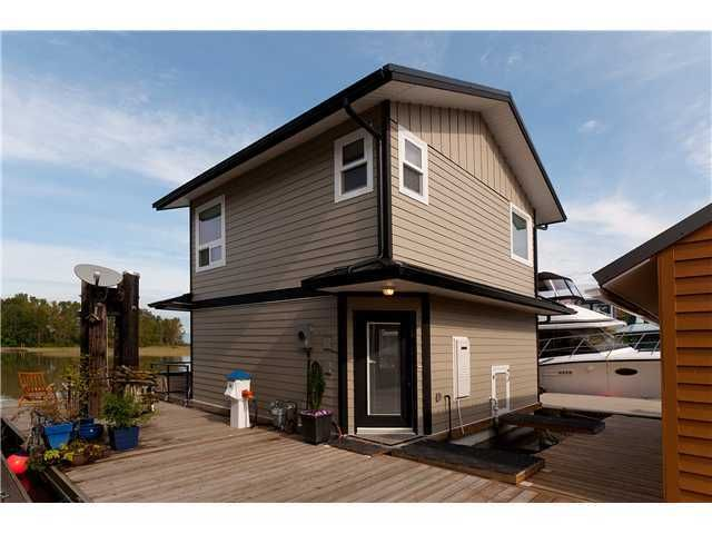 FEATURED LISTING: 4337 River Rd Delta