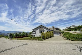 Photo 2: 101 Whistler Place in Vernon: Foothills House for sale (North Okanagan)  : MLS®# 10119054