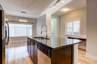 Photo 7: 616 21 Avenue NW in Calgary: Mount Pleasant Detached for sale : MLS®# A1121011