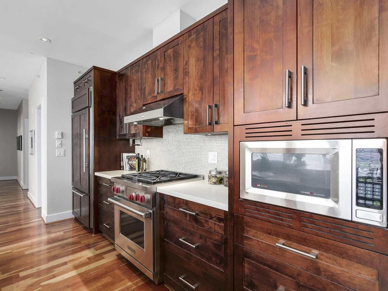 """Photo 8: Photos: 404 6328 LARKIN Drive in Vancouver: University VW Condo for sale in """"Journey"""" (Vancouver West)  : MLS®# R2146632"""
