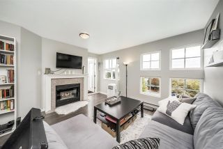 """Photo 2: W409 488 KINGSWAY Avenue in Vancouver: Mount Pleasant VE Condo for sale in """"HARVARD PLACE"""" (Vancouver East)  : MLS®# R2304937"""