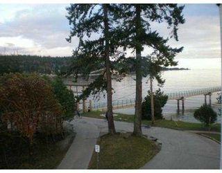 Photo 8: 301 5477 WHARF Road in Sechelt: Sechelt District Condo for sale (Sunshine Coast)  : MLS®# V611900