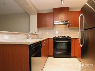 """Photo 2: 205 9283 GOVERNMENT Street in Burnaby: Government Road Condo for sale in """"SANDLEWOOD"""" (Burnaby North)  : MLS®# R2105773"""