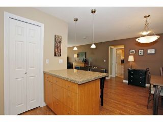 "Photo 10: 209 5438 198TH Street in Langley: Langley City Condo for sale in ""Creekside Estates"" : MLS®# F1319925"