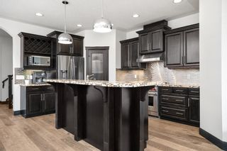Photo 5: 419 26 Avenue NW in Calgary: Mount Pleasant Semi Detached for sale : MLS®# A1100742