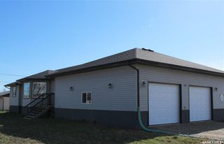 Photo 2: 702 Railway Avenue in Bienfait: Residential for sale : MLS®# SK842218