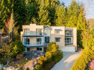 Photo 14: 4839 NORTHWOOD Place in West Vancouver: Cypress Park Estates House for sale : MLS®# R2565827