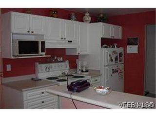 Photo 3: 38 850 Parklands Dr in VICTORIA: Es Gorge Vale Row/Townhouse for sale (Esquimalt)  : MLS®# 324746