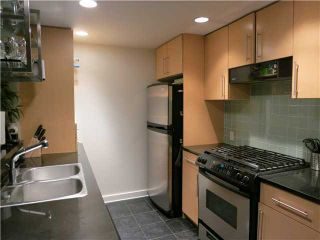 """Photo 3: 1807 455 BEACH Crescent in Vancouver: Yaletown Condo for sale in """"PARK WEST ONE"""" (Vancouver West)  : MLS®# V965553"""