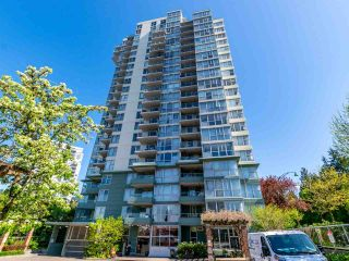 Photo 2: 907 295 GUILDFORD Way in Port Moody: North Shore Pt Moody Condo for sale : MLS®# R2571623