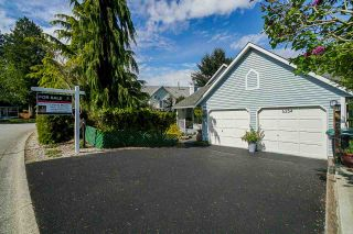 Photo 4: 6254 134A Street in Surrey: Panorama Ridge House for sale : MLS®# R2575485