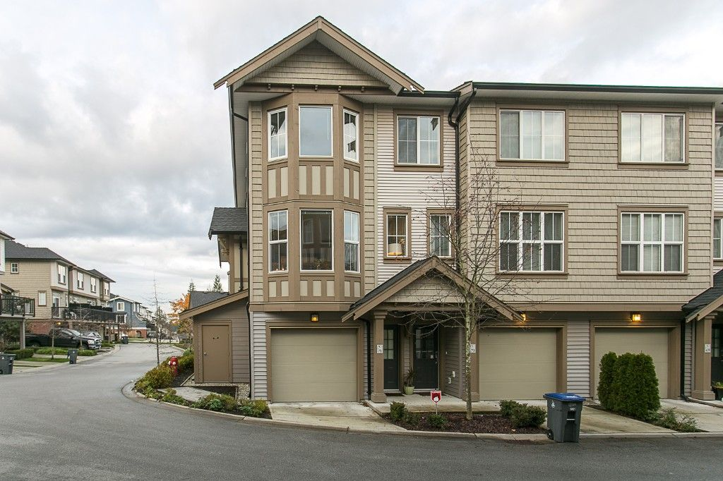 """Main Photo: 71 14838 61 Avenue in Surrey: Sullivan Station Townhouse for sale in """"Sequoia"""" : MLS®# R2123525"""