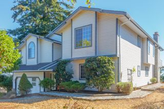 Photo 2: 635 Pattmatt Pl in : Co Triangle House for sale (Colwood)  : MLS®# 854839