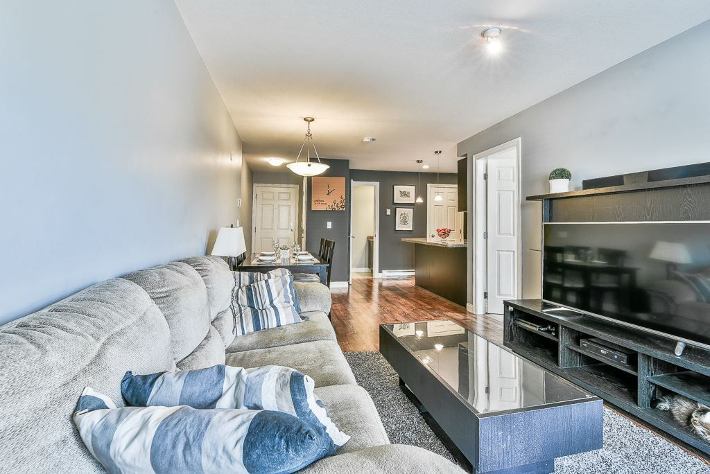 """Photo 17: Photos: 210 5474 198 Street in Langley: Langley City Condo for sale in """"Southbrook"""" : MLS®# R2285967"""