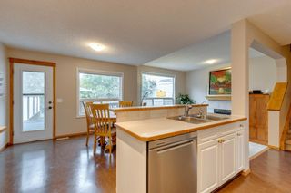 Photo 8: 130 Somerset Circle SW in Calgary: Somerset Detached for sale : MLS®# A1139543
