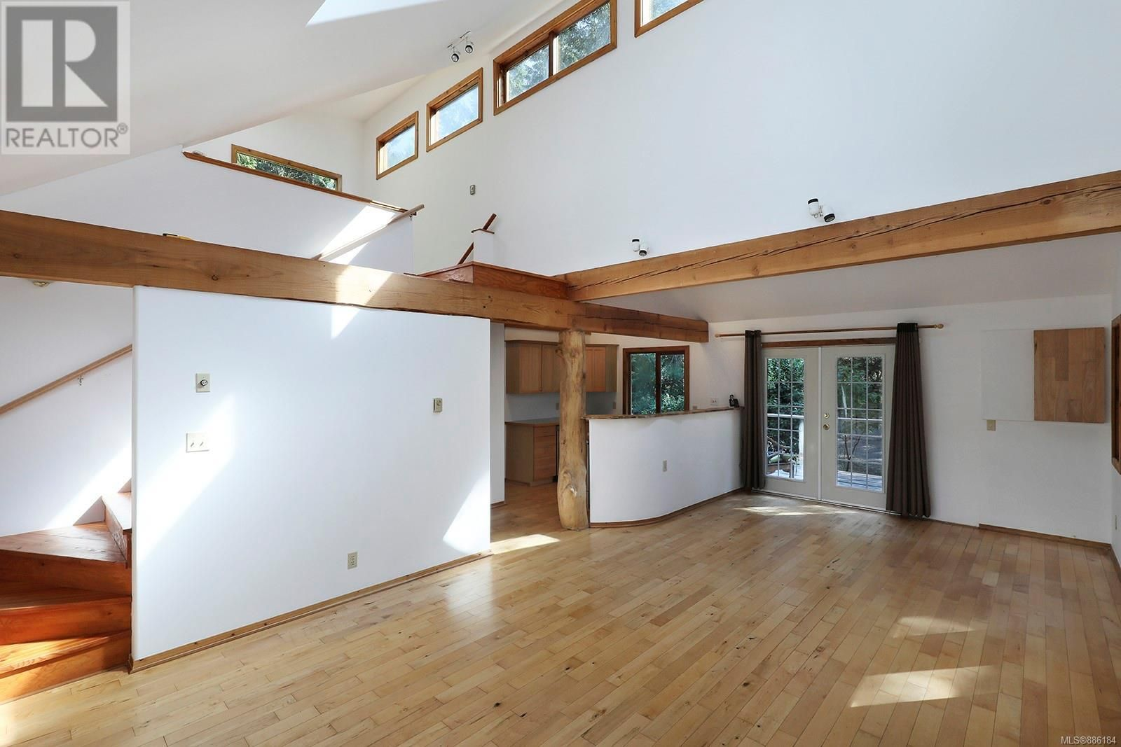 Main Photo: 4130 Beaver Dr in Denman Island: House for sale : MLS®# 886184