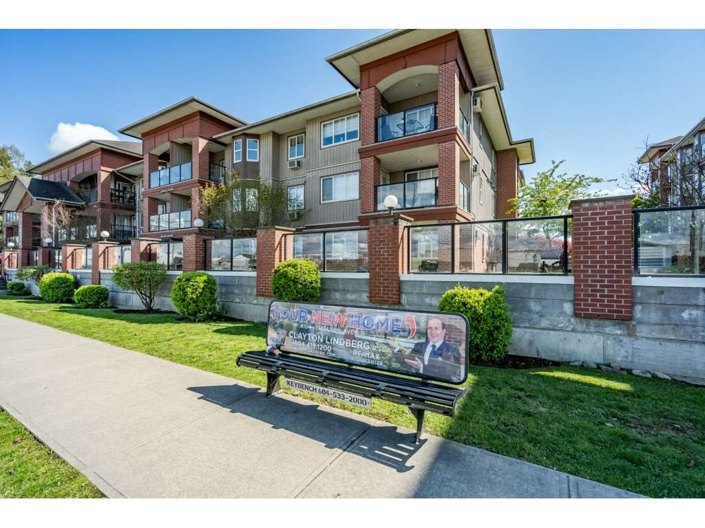 "Main Photo: 104 19774 56 Avenue in Langley: Langley City Condo for sale in ""Madison Station"" : MLS®# R2452129"