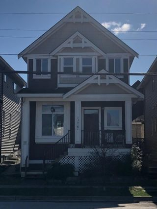 "Photo 2: 13922 60 Avenue in Surrey: Sullivan Station House for sale in ""Sullivan Heights"" : MLS®# R2551531"