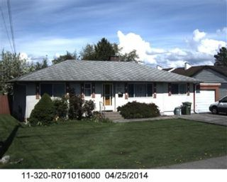 Photo 2: 9551 BAKERVIEW Drive in Richmond: Saunders House for sale : MLS®# R2567669