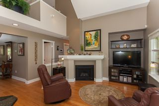 """Photo 18: 1 15450 ROSEMARY HEIGHTS Crescent in Surrey: Morgan Creek Townhouse for sale in """"CARRINGTON"""" (South Surrey White Rock)  : MLS®# R2201327"""