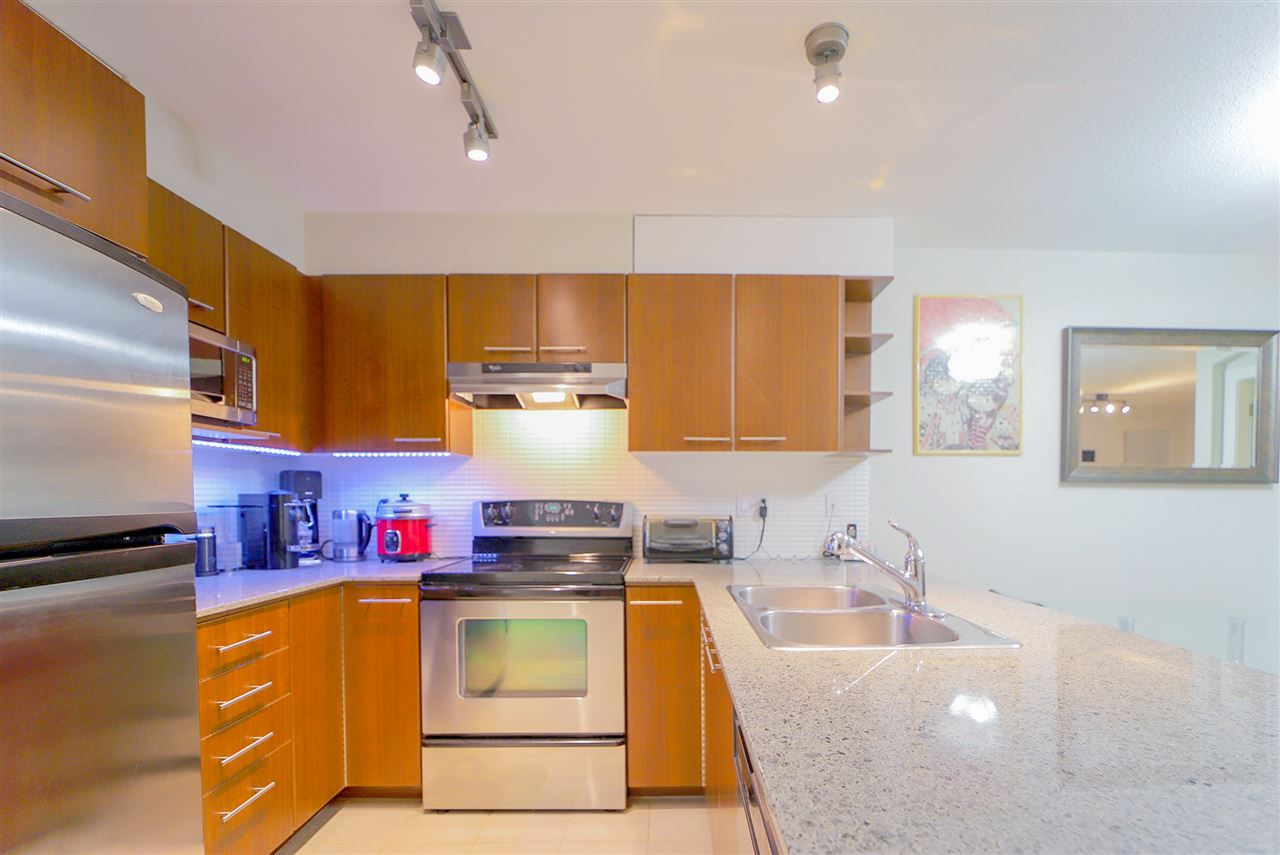 Main Photo: 305 4868 BRENTWOOD Drive in Burnaby: Brentwood Park Condo for sale (Burnaby North)  : MLS®# R2344303