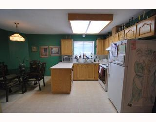 Photo 5: 10 8280 BENNETT Road in Richmond: Brighouse South Townhouse for sale : MLS®# V772209