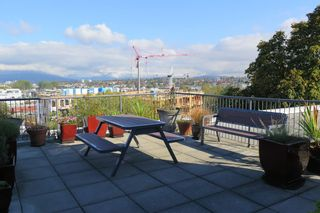 Photo 5: 222 350 E 2ND Avenue in Vancouver: Mount Pleasant VE Condo for sale (Vancouver East)  : MLS®# R2152124