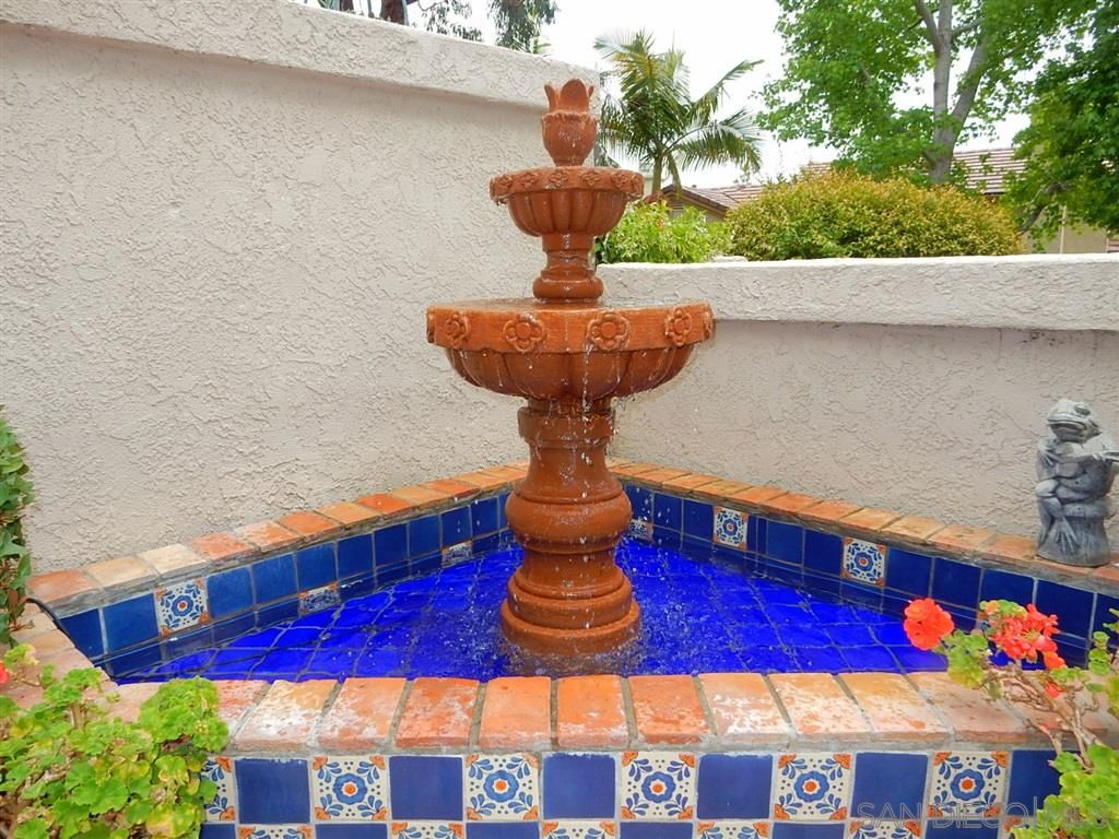 Photo 7: Photos: CARMEL VALLEY Townhouse for rent : 3 bedrooms : 3631 Fallon Circle in San Diego