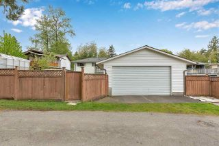"""Photo 35: 10476 155 Street in Surrey: Guildford House for sale in """"EAST GUILDFORD"""" (North Surrey)  : MLS®# R2573518"""