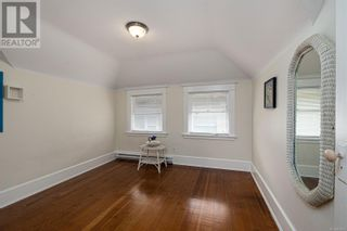 Photo 17: 2115 Chambers St in Victoria: House for sale : MLS®# 886401