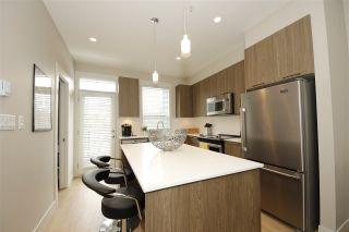 """Photo 4: 21 38684 BUCKLEY Avenue in Squamish: Downtown SQ Townhouse for sale in """"Newport Landing"""" : MLS®# R2145592"""