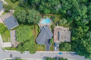 Photo 2: 228 Country Club Drive in Hamilton: Gershome House (Bungalow-Raised) for sale : MLS®# X5362353