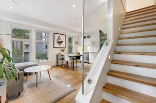 Photo 4: 1080 NICOLA STREET in Vancouver: West End VW Townhouse for sale (Vancouver West)  : MLS®# R2622492