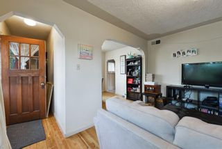 Photo 9: 2040 5 Avenue NW in Calgary: West Hillhurst Detached for sale : MLS®# A1150824