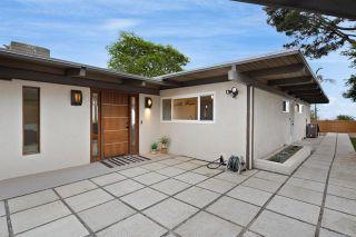 Photo 11: House for sale : 3 bedrooms : 1050 La Jolla Rancho Rd in La Jolla