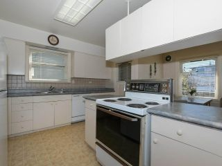 Photo 10: 2886 W 28TH Avenue in Vancouver: MacKenzie Heights House for sale (Vancouver West)  : MLS®# R2353444