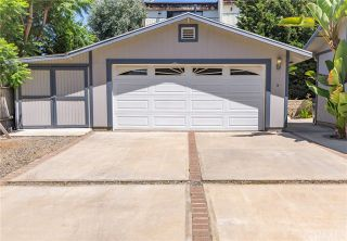 Photo 2: 2260 Rose Avenue in Signal Hill: Residential Income for sale (8 - Signal Hill)  : MLS®# OC19194681