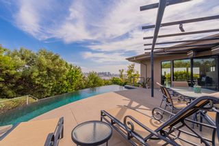 Photo 10: MISSION HILLS House for sale : 3 bedrooms : 2021 Rodelane St in San Diego