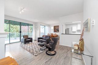 """Photo 2: 405 1705 MARTIN Drive in Surrey: White Rock Condo for sale in """"Southwynds"""" (South Surrey White Rock)  : MLS®# R2625485"""