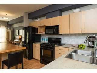 """Photo 7: 35 15065 58 Avenue in Surrey: Sullivan Station Townhouse for sale in """"Springhill"""" : MLS®# R2091056"""
