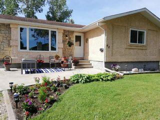 Photo 2: 42 Rizzuto Bay in Winnipeg: Mission Gardens Residential for sale (3K)  : MLS®# 202104122